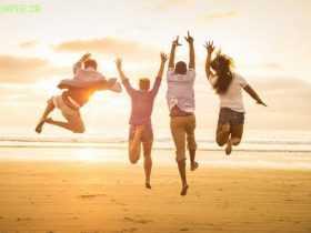 چگونه شادی را در زندگیمان ماندگار کنیم ؟ - حرفه ای