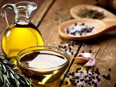 خواص روغن زیتون و فواید برای پوست و مو و بدن چیست؟ - حرفه ای