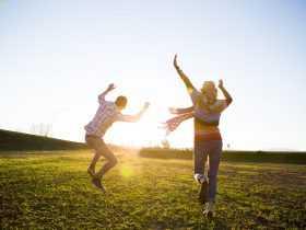 چگونه میتوان در مواجه شدن با مشکلات زندگی خوشحال بود؟