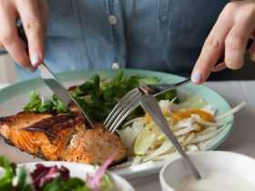 آیا دیرهنگام غذا خوردن برای قلب مضر است؟