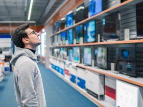 ۶ اشتباه که هنگام خرید تلویزیون نباید مرتکب شوید