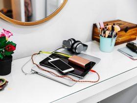 آیا میتوان از هر شارژری برای شارژ گوشی استفاده کرد