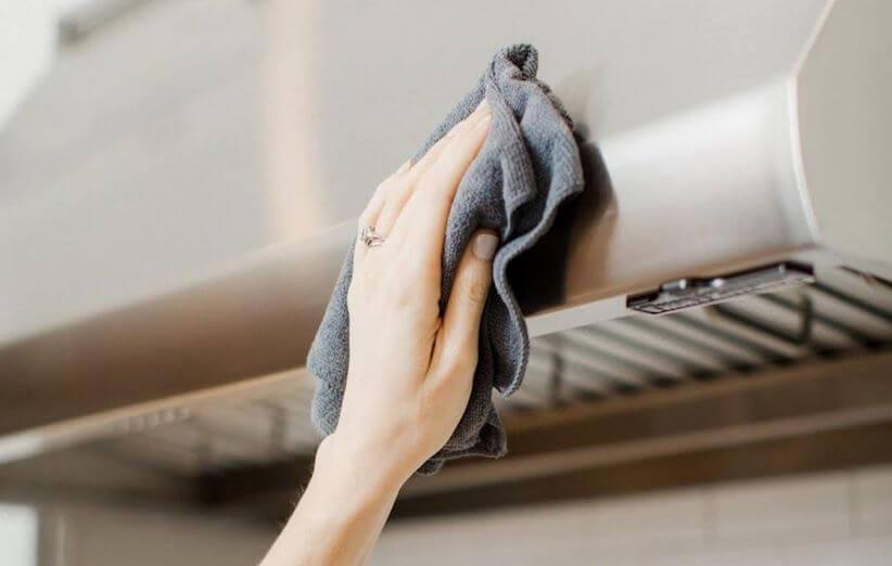 ۱۰ قدم برای تمیز کردن هود آشپزخانه